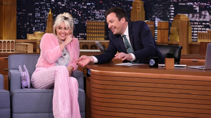 Watch Miley Cyrus, Jimmy Fallon Battle in 'Funny Face Off'
