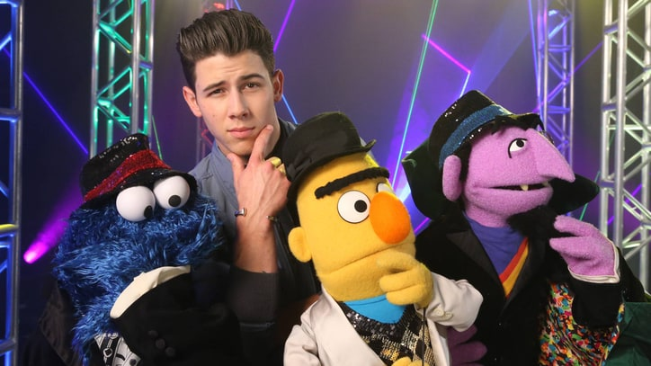 Watch Nick Jonas Serenade Sexy Pentagon on 'Sesame Street'