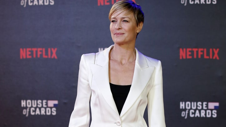 Robin Wright Rightly Demands and Gets Equal Pay for 'House of Cards'