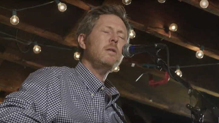 See Robbie Fulks' Contemplative Take on 'Alabama at Night'