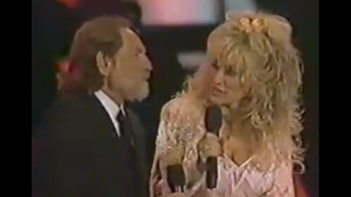 Flashback: Willie Nelson, Dolly Parton, Kenny Rogers Swap Hits
