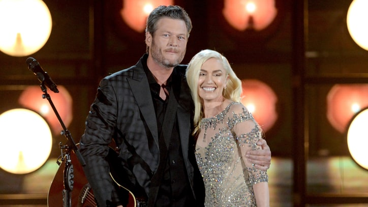 Watch Blake Shelton, Gwen Stefani Heat Up Billboard Music Awards