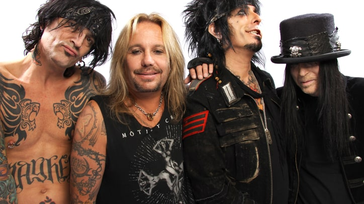 Watch Slash, Nikki Sixx Talk Motley Crue/GN'R Tour in 'It's So Easy' Clip