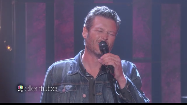 See Blake Shelton Sing Bitter 'She's Got a Way With Words' on 'Ellen'