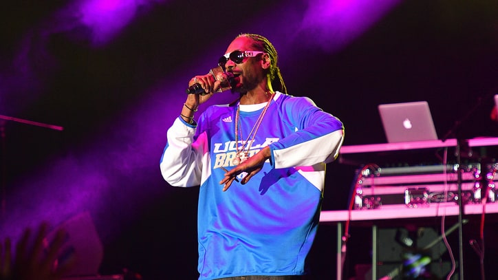Snoop Dogg Adds Two Sultry New Songs to Huge Label Compilation
