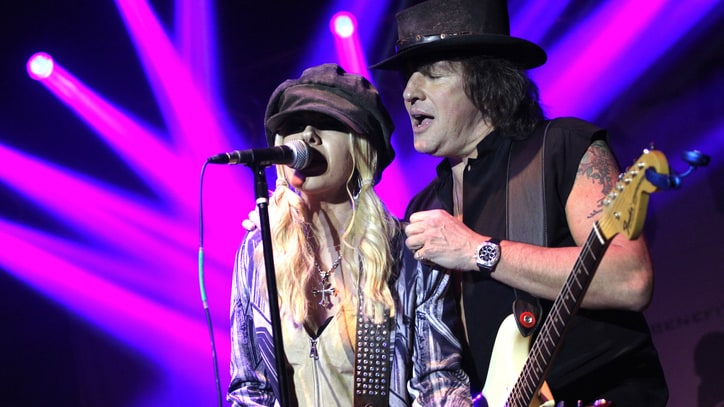 Richie Sambora and Orianthi Flirt With Country on New Album