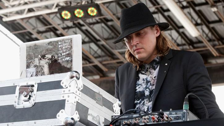 Watch Arcade Fire's Surprise DJ-Percussion Set Outside Louvre