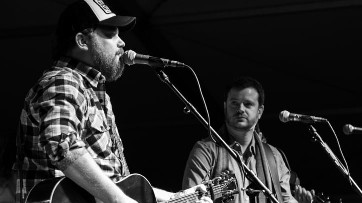 Hear Randy Rogers and Wade Bowen's Wistful 'In My Arms Instead'