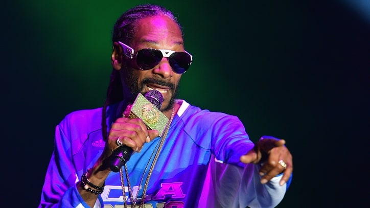 Snoop Dogg Slams 'Roots' Remake, Calls for Boycott