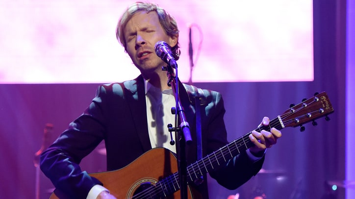 Beck Announces New Single 'Wow' With Instagram Snippets