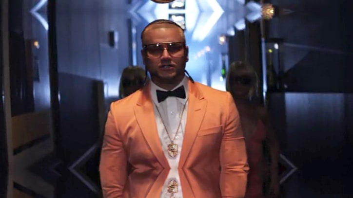 See Riff Raff Don Peach Tux, Celebrate Luxe Life in '4 Million' Video