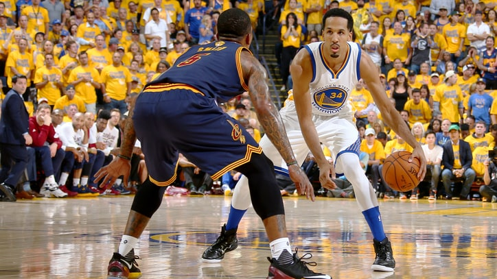 Warriors' Shaun Livingston Scores to Win Game 1 of NBA Finals