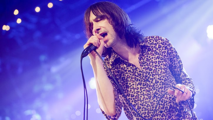 Primal Scream Singer Bobby Gillespie Injured in Stage Fall