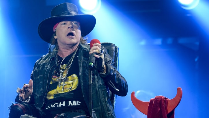 Axl Rose Issues Takedown Notice Over 'Fat Axl' Photo
