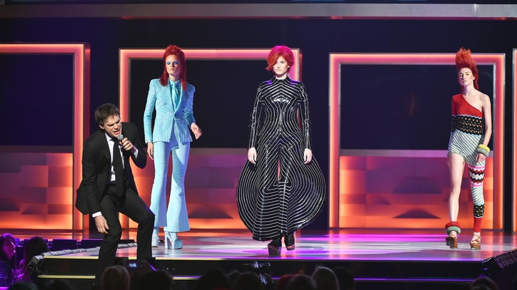 See David Bowie's Fashion Tribute at CFDA Awards