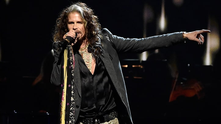 Steven Tyler Unveils First Solo Album, New Tour
