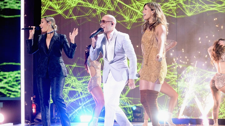 See Pitbull, Cassadee Pope, Leona Lewis' Fiery CMT Awards Performance