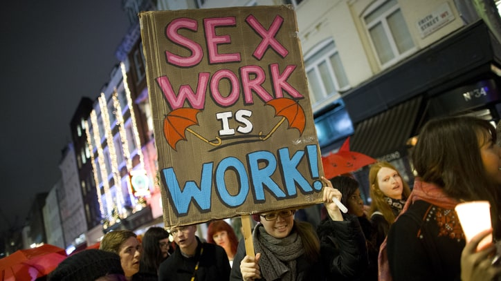 5 Reasons Decriminalization Protects Sex Workers' Rights