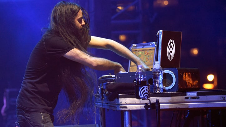 Watch Bassnectar's Hypnotic 'Reaching Out' Video