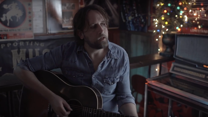 See Hayes Carll's Ultimate Father's Day Tribute 'Magic Kid'
