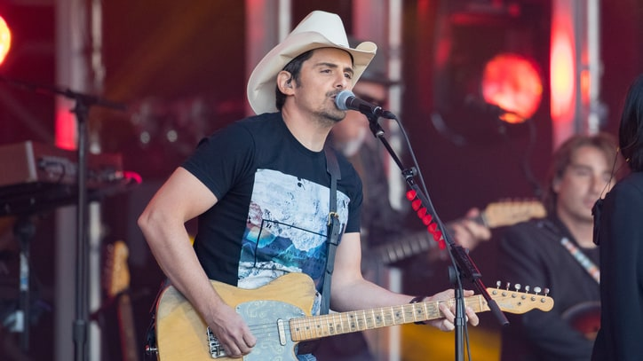 Brad Paisley Pledges Cash to West Virginia Flood Victims