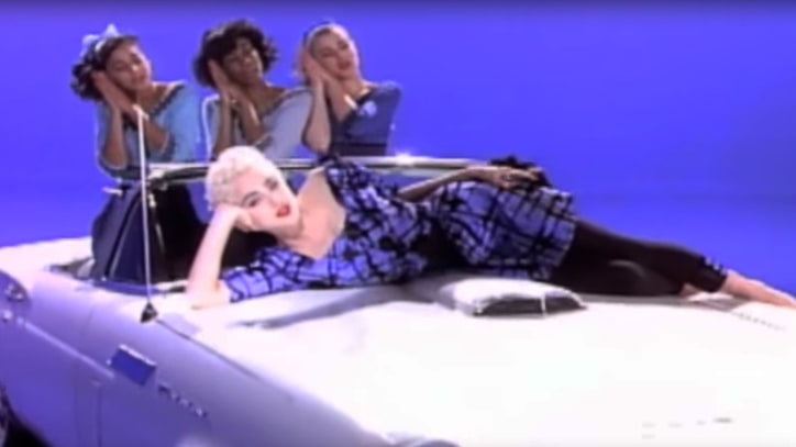Flashback: Madonna Awards Winners of Fan-Made Video 'True Blue'