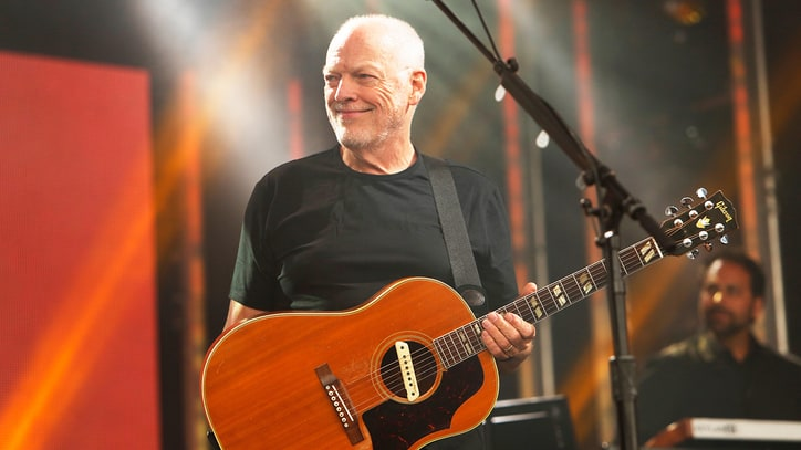 See David Gilmour Play 'One of These Days' for First Time in 22 Years