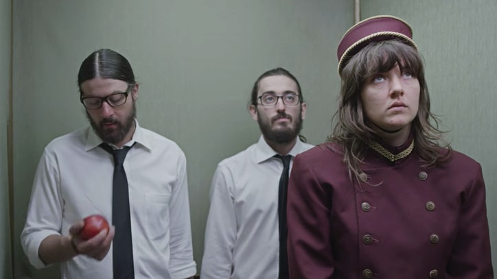 Watch Courtney Barnett Turn 'Elevator Operator' in New Video