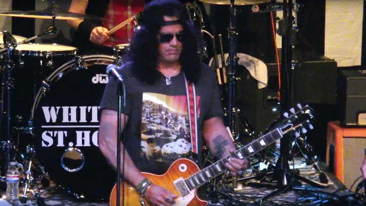 Watch Slash Cover Jimi Hendrix at Whitford/St. Holmes Surprise Spot