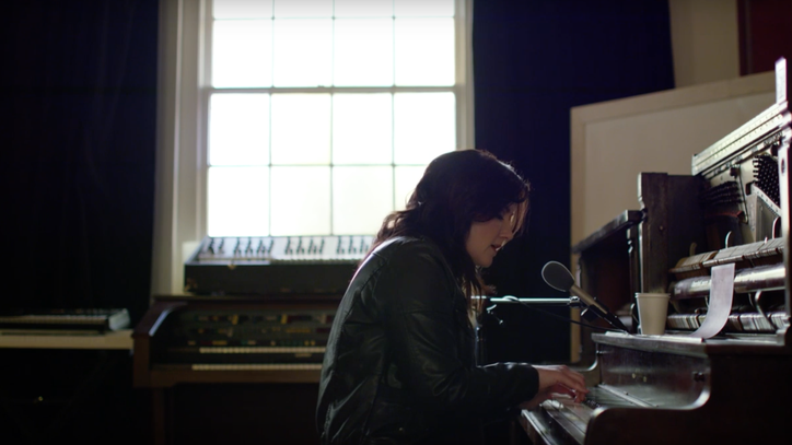 See Brandy Clark's Gorgeous, Piano-Driven 'You Can Come Over'