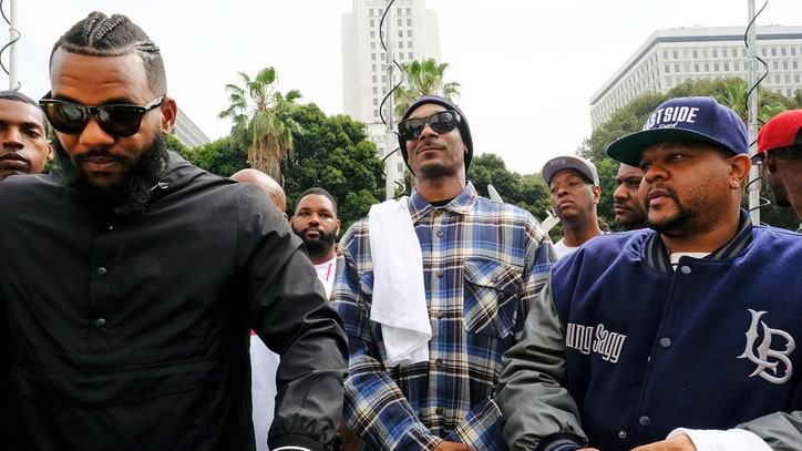Snoop Dogg: 'Not Here to Bash Police, But to Communicate'