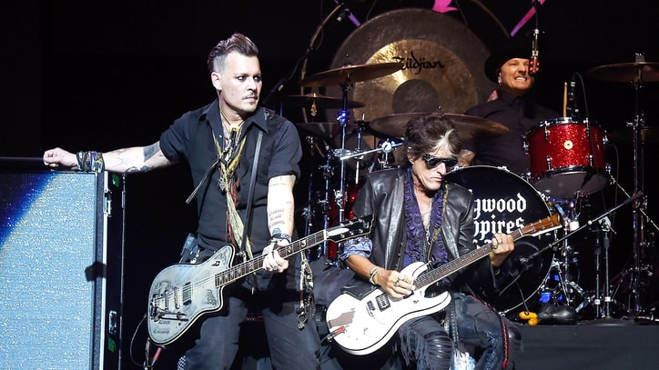 Joe Perry Collapses, Hospitalized During Hollywood Vampires Show