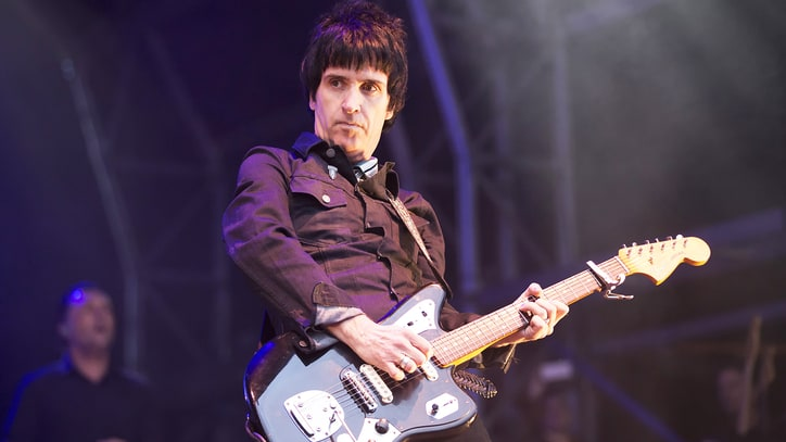 Watch Johnny Marr Cover the Smiths With Last Shadow Puppets