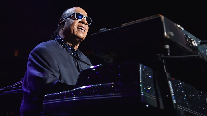 Stevie Wonder: 'Choose Love Over Hate, Right Over Wrong'