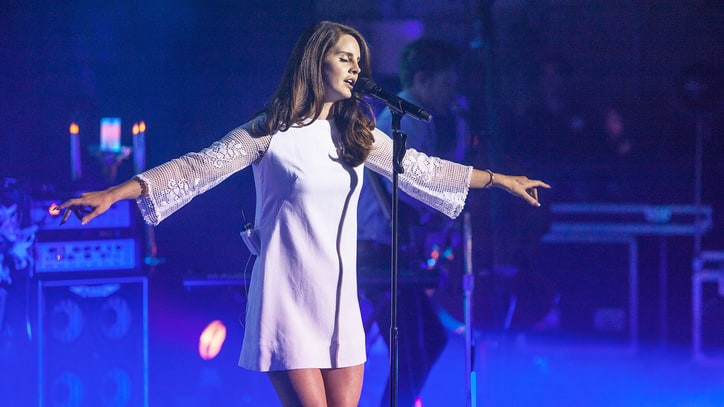 Watch Lana Del Rey's Sultry 'Salvatore' Live Debut