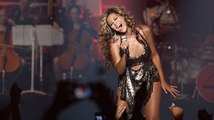 Beyonce Gets Intimate in First of '4' Roseland Ballroom Shows