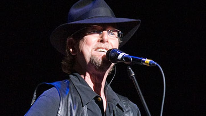 Roger McGuinn Busy with New CD, DVD, Benefit