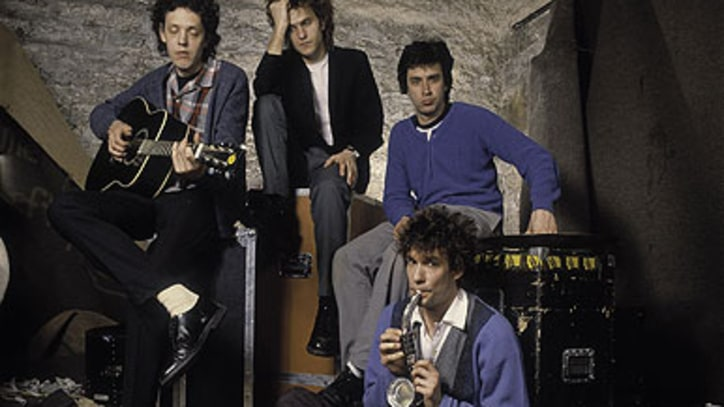 Replacements Members Consider Reuniting