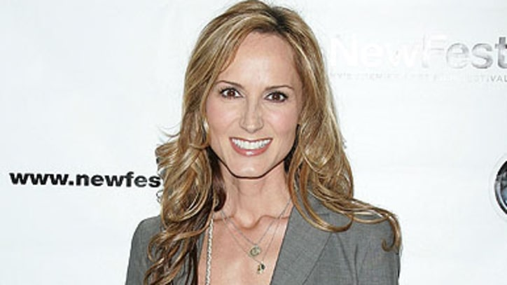 Country Singer Chely Wright Marries Girlfriend