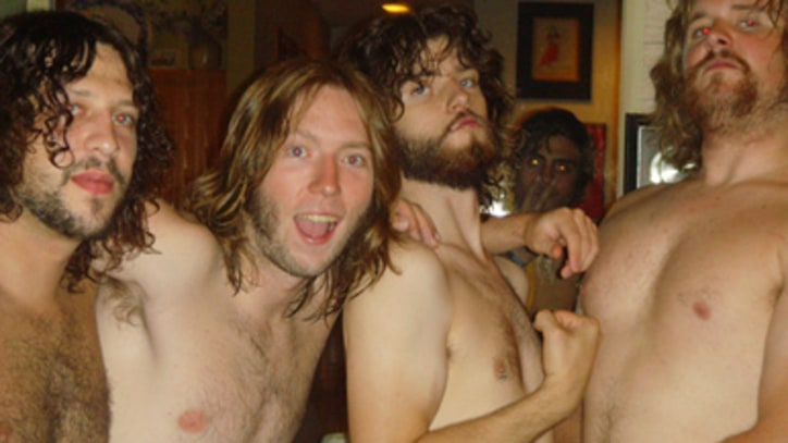 Rolling Stone Cover Contest: The Sheepdogs in Their Hometown