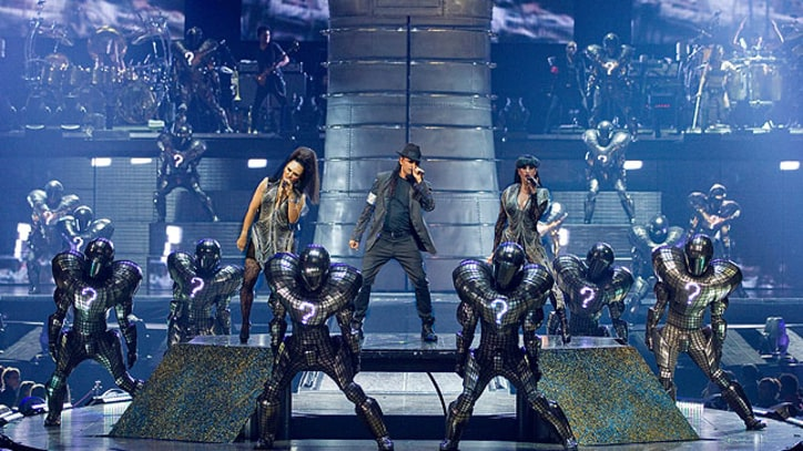 'Cirque du Soleil: Michael Jackson the Immortal' Premieres