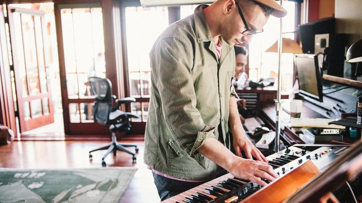 Bleachers' Jack Antonoff Reveals Secrets Behind Solo Debut