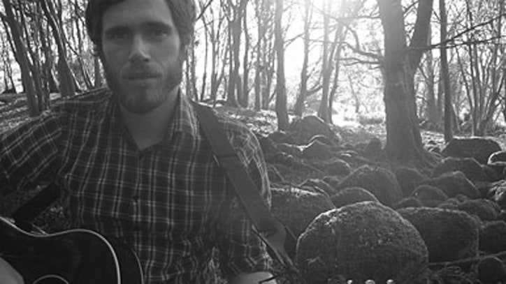 Free Download: James Vincent McMorrow's Cheerful Track 'Sparrow and the Wolf'