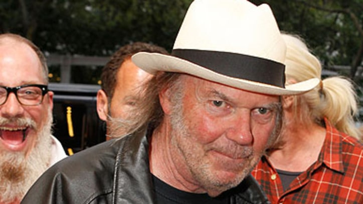 Neil Young Releasing Autobiography Next Year
