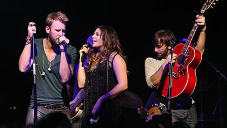 On the Charts: Lady Antebellum Gets Comfortable at the Top