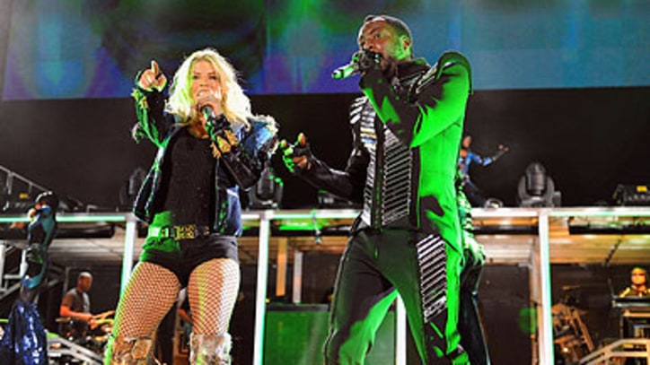 Black Eyed Peas Beat the Rain, Feel the Love in NYC's Central Park