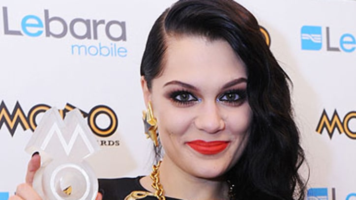 Jessie J Grabs Four MOBO Awards
