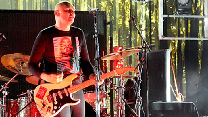 Smashing Pumpkins Kick Off Tour With Hard-Charging Show