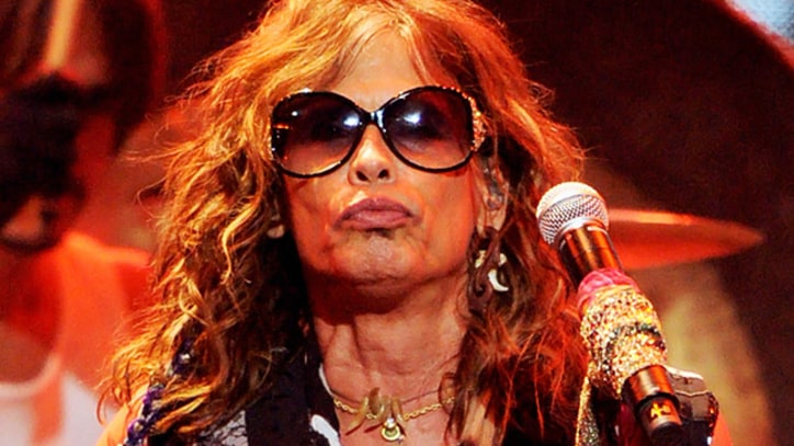 Steven Tyler Injured in Paraguay