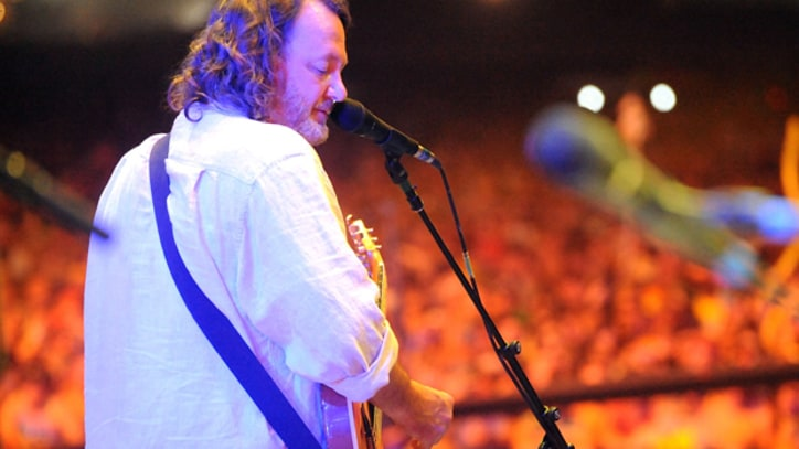 Widespread Panic Fan in Critical Condition After Balcony Fall